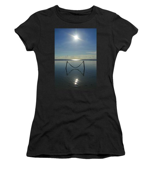 Tres Luces Women's T-Shirt