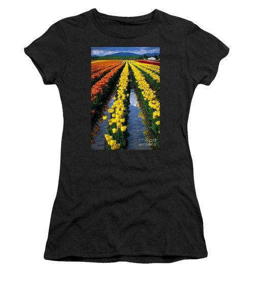Tulip Reflections Women's T-Shirt