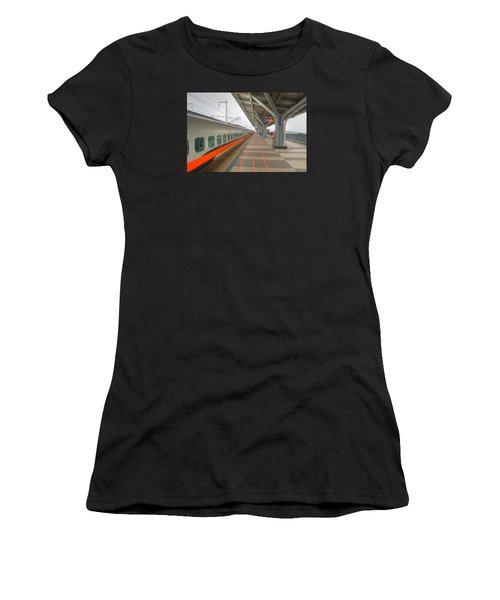 Tw Bullet Train 2 Women's T-Shirt