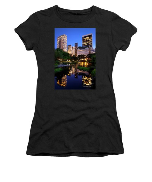 Twilight Nyc Women's T-Shirt (Athletic Fit)