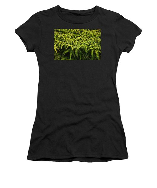 Uluhe Fern II Women's T-Shirt (Athletic Fit)