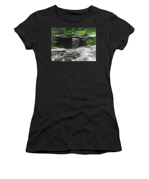 Verde Falls Women's T-Shirt