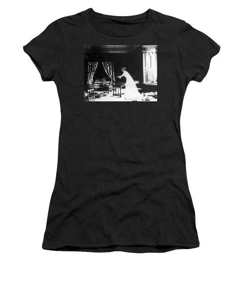 Victorian Ghost 19th Century Women's T-Shirt