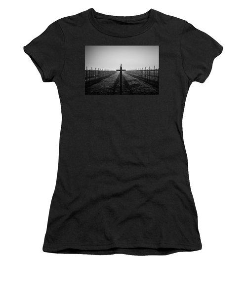 Vineyard Cross Women's T-Shirt (Athletic Fit)