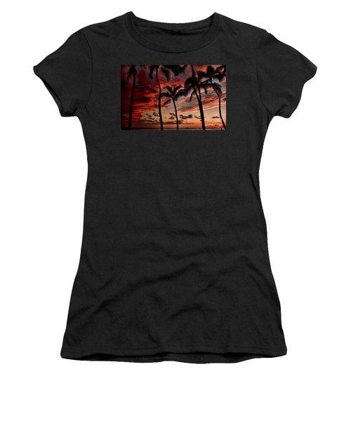 Waikiki Sunset Women's T-Shirt (Athletic Fit)
