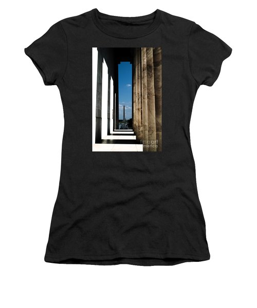 Washington Monument Color Women's T-Shirt (Athletic Fit)