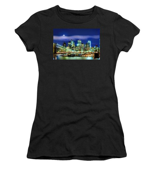 Watching Over New York Women's T-Shirt