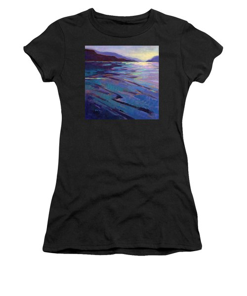 Where The Whales Play 3 Women's T-Shirt