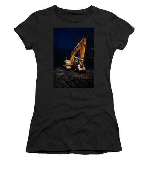 Winter Cat Women's T-Shirt (Athletic Fit)