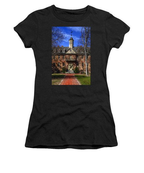 Wren Building Main Entrance Women's T-Shirt (Athletic Fit)