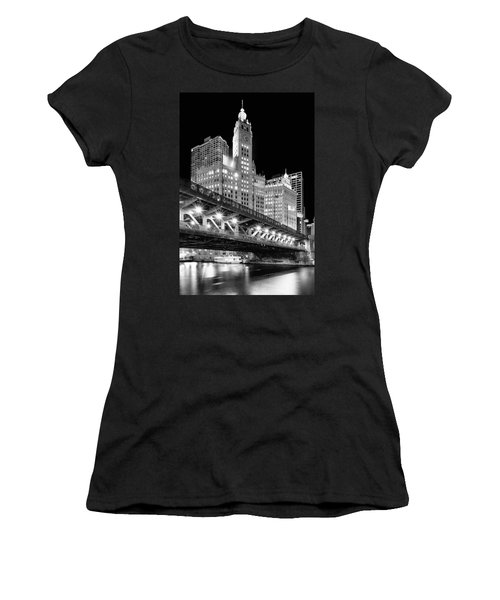 Wrigley Building At Night In Black And White Women's T-Shirt