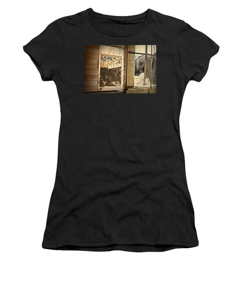 10 Nights In A Bar Room Women's T-Shirt