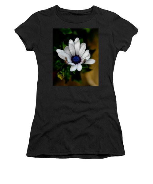African Daisy Women's T-Shirt (Junior Cut) by Lynne Jenkins