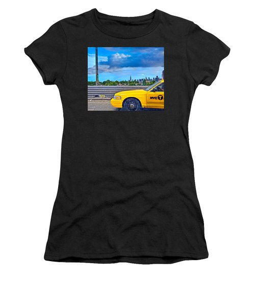 Big Yellow Taxi Women's T-Shirt (Athletic Fit)