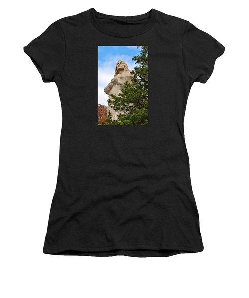 Chief Blackhawk Statue Women's T-Shirt (Athletic Fit)