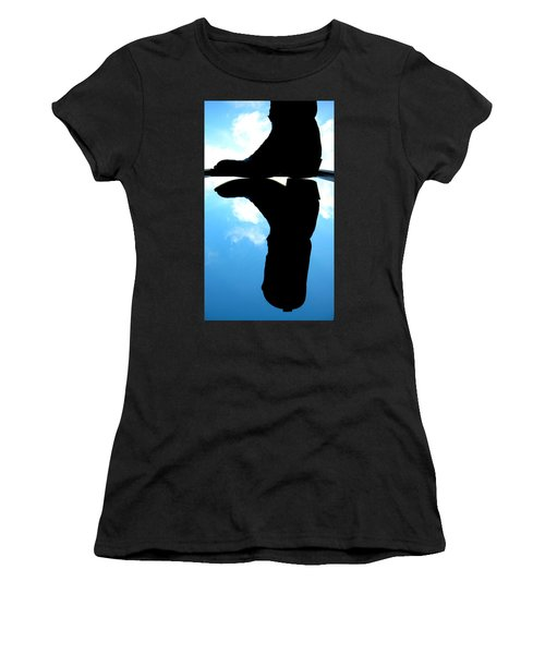 Das Boot Women's T-Shirt (Athletic Fit)