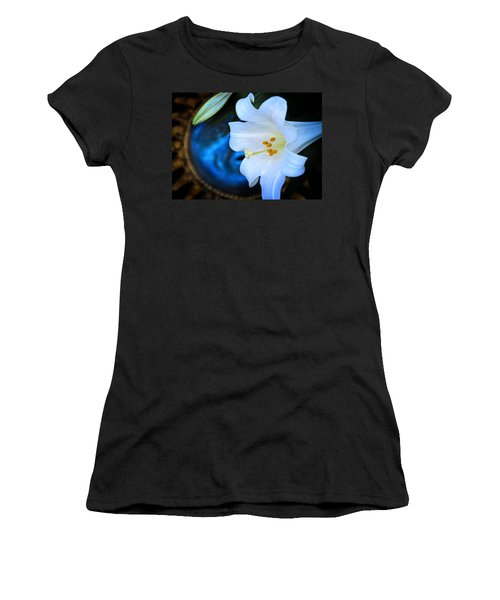 Women's T-Shirt (Junior Cut) featuring the photograph Eclipse With A Lily by Steven Sparks