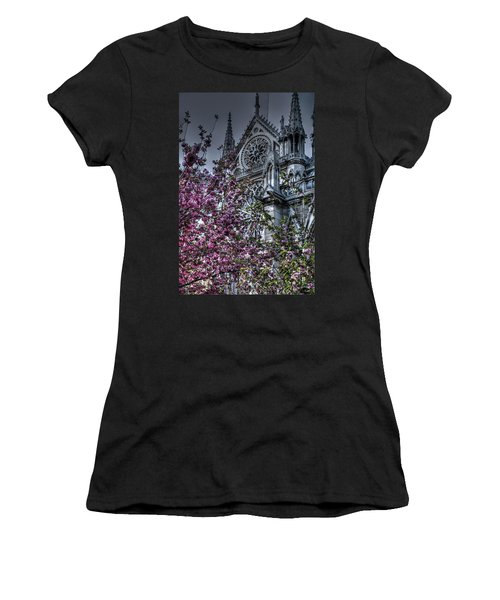 Gothic Paris Women's T-Shirt (Athletic Fit)