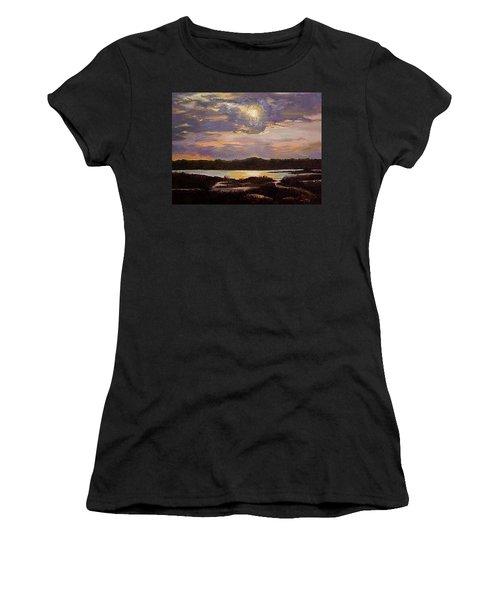 Hilton Head Sunset Women's T-Shirt (Athletic Fit)