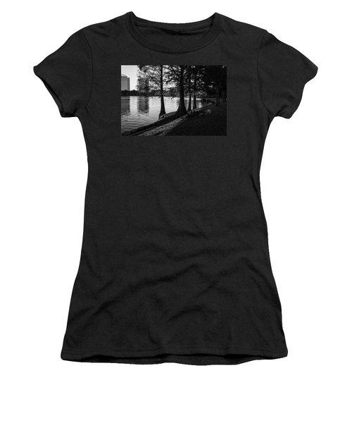 Lake Eola Water Edge Women's T-Shirt (Junior Cut) by Lynn Palmer