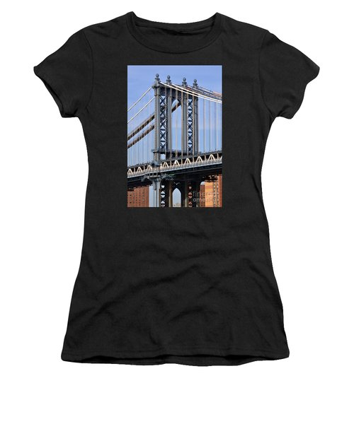 Manhattan Bridge Women's T-Shirt (Athletic Fit)