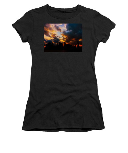 New York City Skyline At Sunset Under Clouds Women's T-Shirt (Athletic Fit)