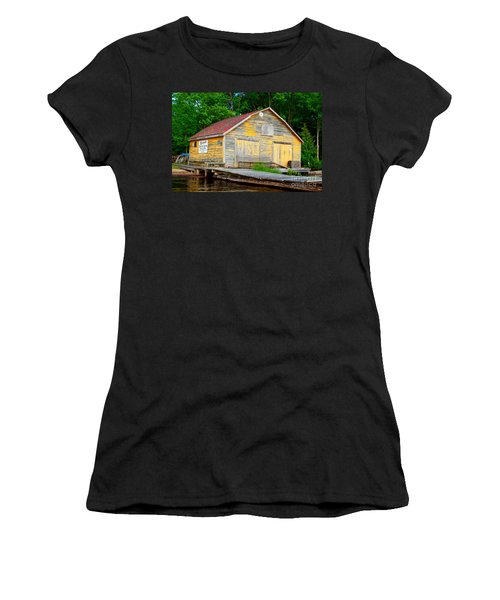 Women's T-Shirt (Junior Cut) featuring the photograph Old Cabin by Les Palenik