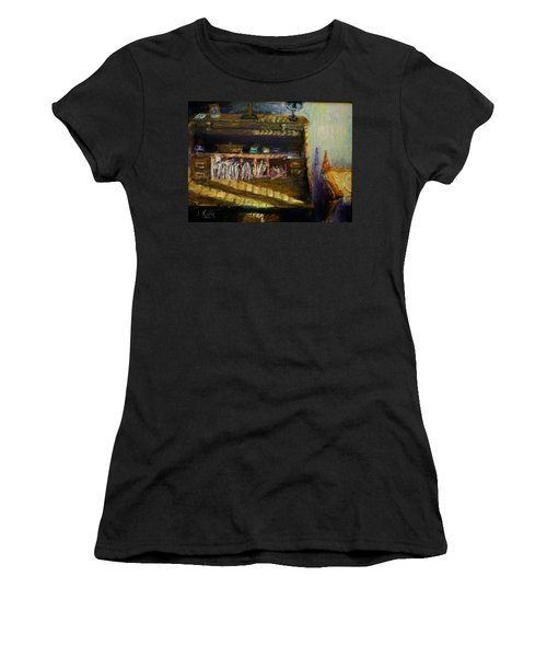Rolltop Women's T-Shirt