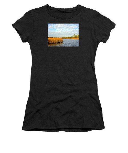Sawgrass Creek L Women's T-Shirt (Athletic Fit)