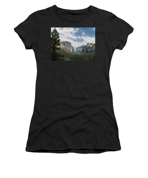 Yosemite Valley From Tunnel View At Yosemite Np Women's T-Shirt