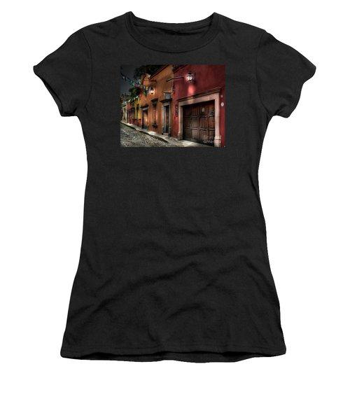 1 A.m. Street Photo Women's T-Shirt