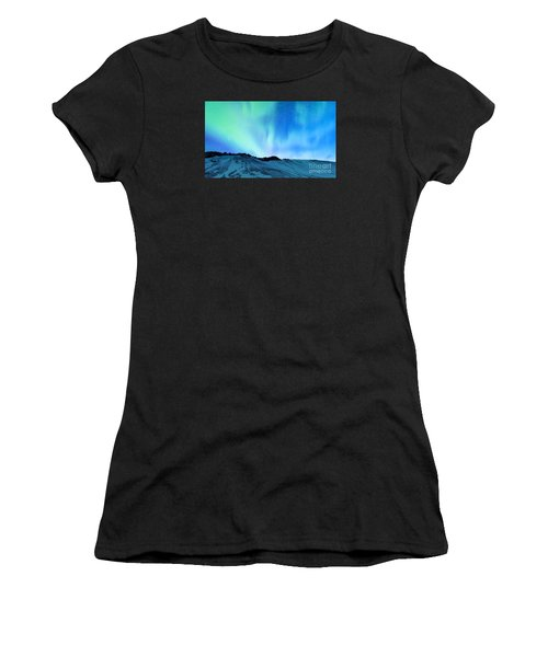 Amazing Northern Light Women's T-Shirt (Athletic Fit)