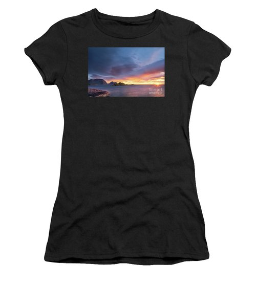 Dreamy Sunset Women's T-Shirt (Athletic Fit)