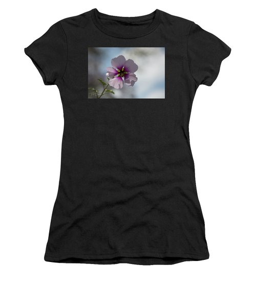 Flower In Focus Women's T-Shirt