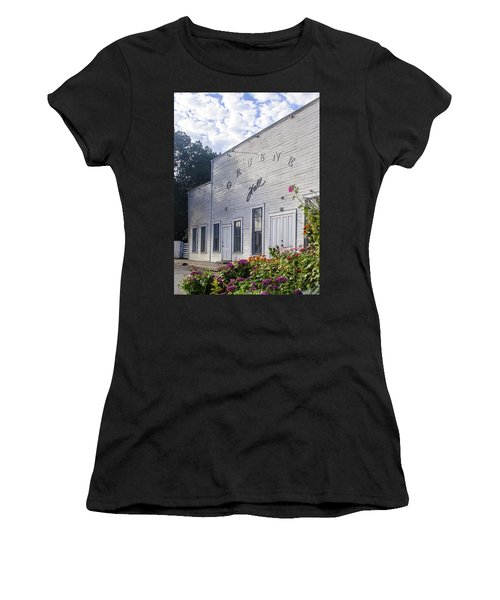 Gruene Hall Women's T-Shirt