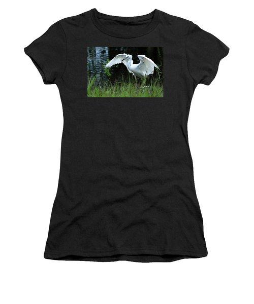 Little Blue Heron Hunting - Digitalart Women's T-Shirt (Athletic Fit)