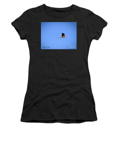 Macaw In Flight Women's T-Shirt (Athletic Fit)