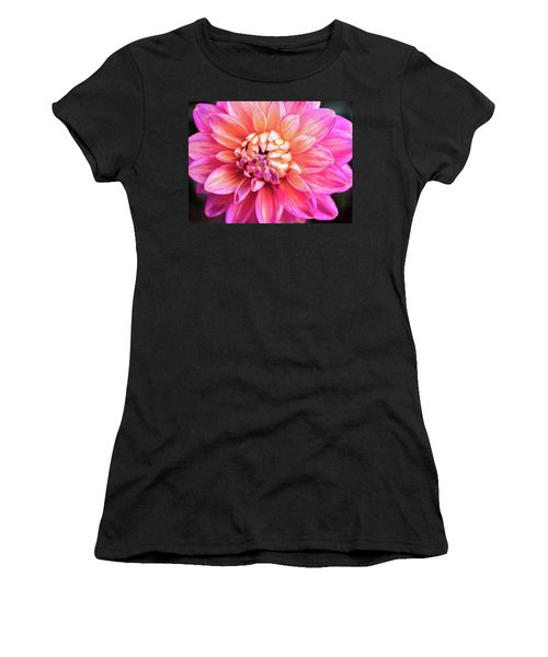 Magenta Dahlia Women's T-Shirt