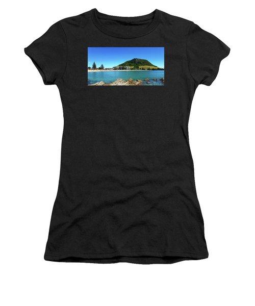 Mount Maunganui Beach 10 - Tauranga New Zealand Women's T-Shirt