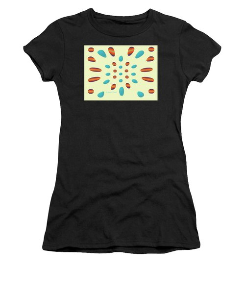 Petals N Dots P7 Women's T-Shirt