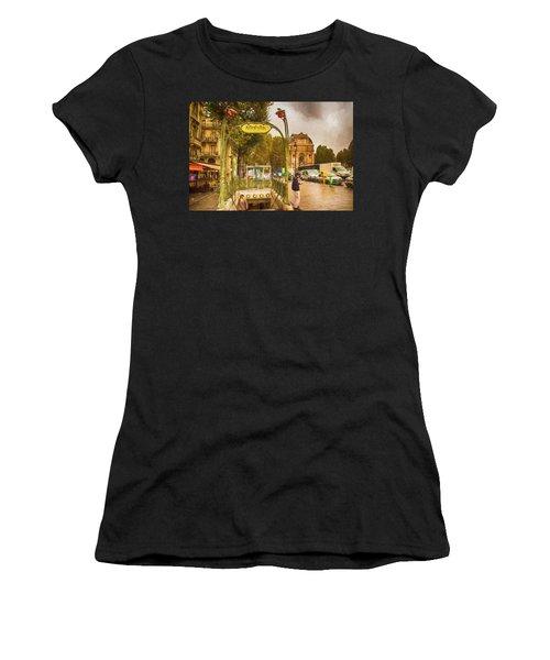 Place St. Michel Women's T-Shirt (Athletic Fit)