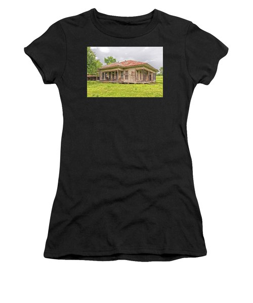 Arkansas Roadside House Women's T-Shirt