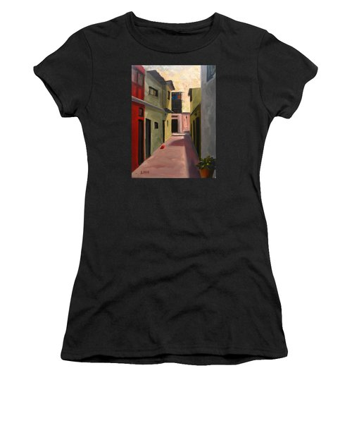 Somewhere In The City, Peru Impression Women's T-Shirt (Athletic Fit)