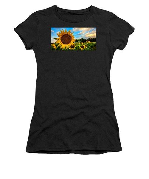 Summer Suns  Women's T-Shirt