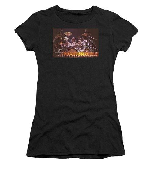 Triumph 5 Women's T-Shirt (Athletic Fit)