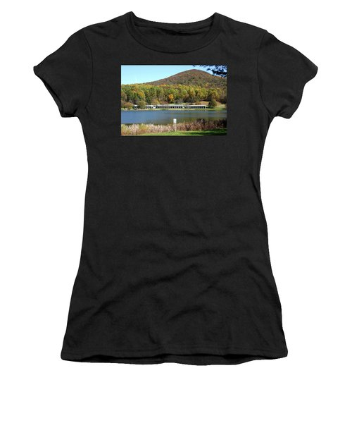 View Of Peaks Of Otter Lodge And Abbott Lake  In Autumn Women's T-Shirt