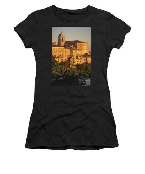 Village De Gordes. Vaucluse. France. Europe Women's T-Shirt