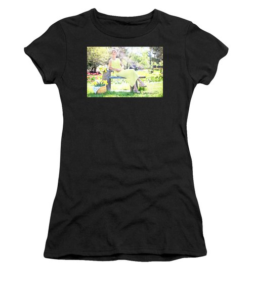 Vintage Val Spring Tulips Women's T-Shirt