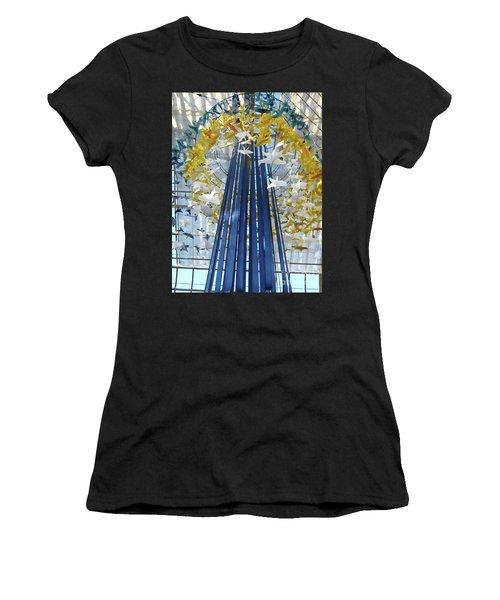 1000 Paper Cranes Women's T-Shirt (Athletic Fit)