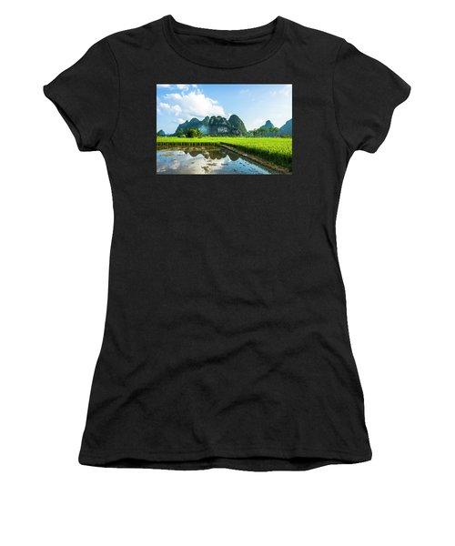 The Beautiful Karst Rural Scenery Women's T-Shirt